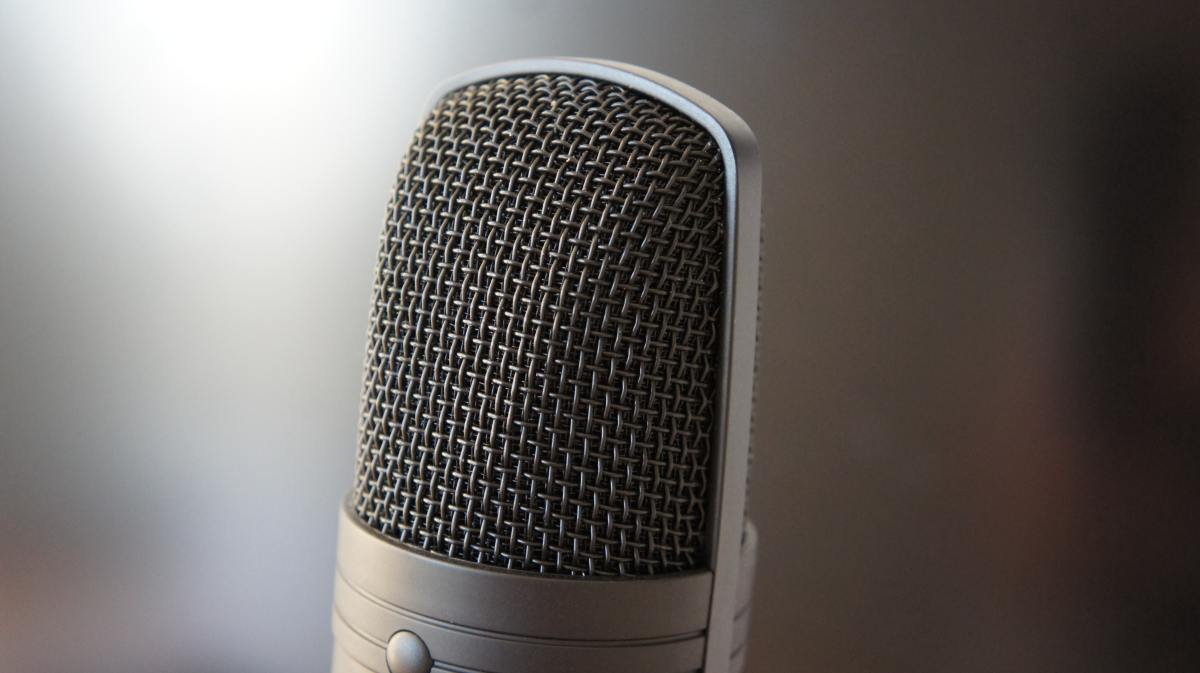 microfono-dispositivo-content-marketing